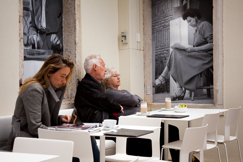 Reading in the Guggenheim gallery, Venice